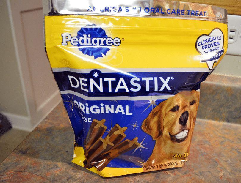 Meilleur chien mâche dentaires: comment choisir un parfait friandises pour votre animal de compagnie