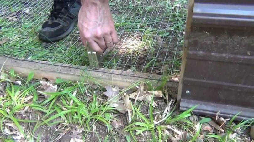 Construire une clôture de stylo chien