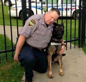 Ce Cop Retired acheté son partenaire K-9 pour 1 $